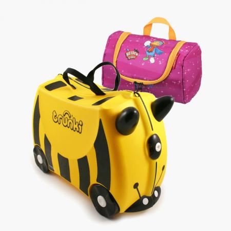 Set Travel pentru copii - Valiza TRUNKI Bernard - Bondarul + Geanta pentru cosmetice Eroii Orasului Roz