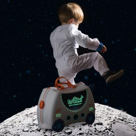 Valiza TRUNKI SKYE the Spaceship4
