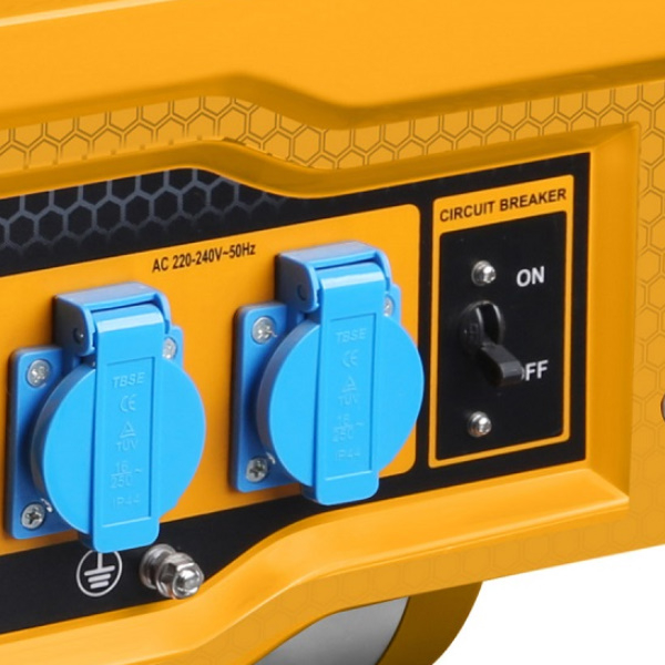 Generator electric pe benzina 2.8Kw, pornire automata 1