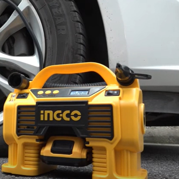 Compresor auto 4 in 1, 11 Bar, LED, lanterna si aspirator - INGCO CACLI2002 5