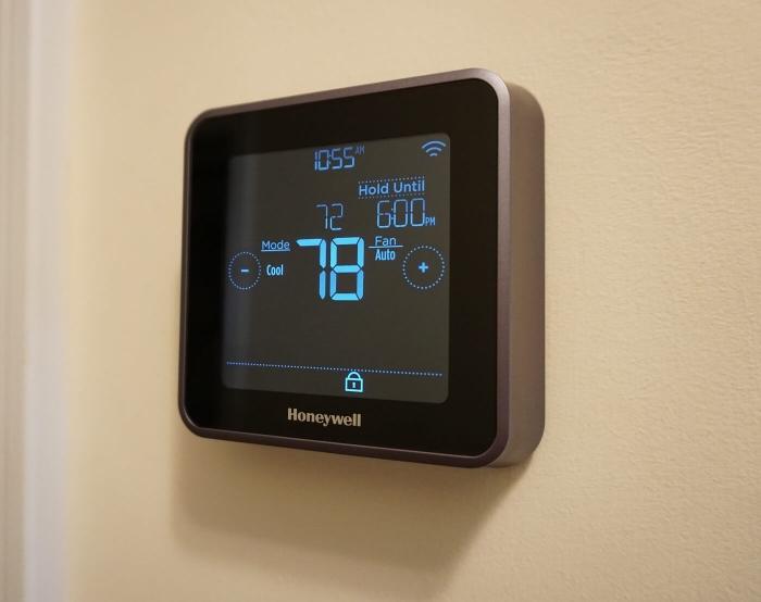 Termostat de camera inteligent, cu fir, Honeywell Lyric T6 controlabil prin internet 3