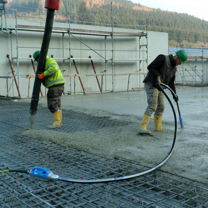 Vibrator beton cu convertizor încorporat Weber IVUR 40 [2]