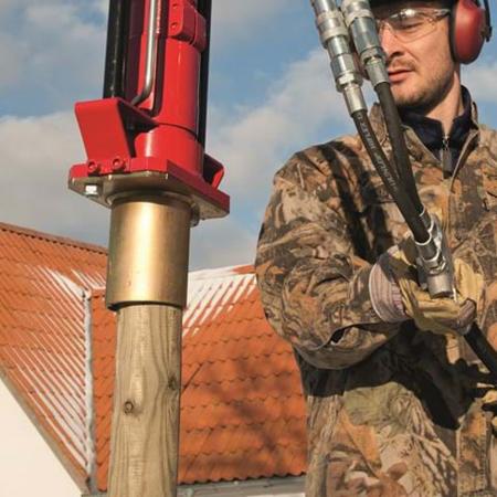 Echipament hidraulic pentru bătut stâlpi în pământ Hycon HPD [2]