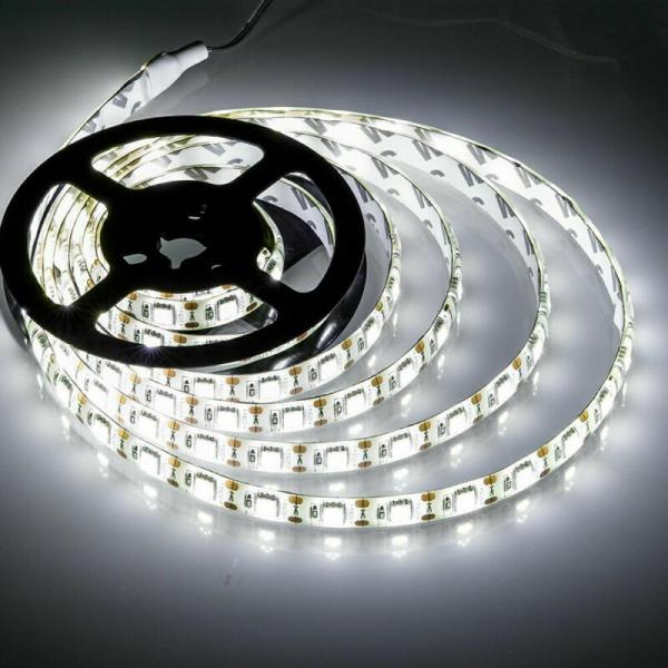 Banda LED 5050 Alb Rece 24V, 60 LED/m, IP65 [0]