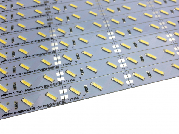 Banda led HARD STRIP led 7030 alb rece,  aluminiu, 72LED/m, alimentare 12V [1]