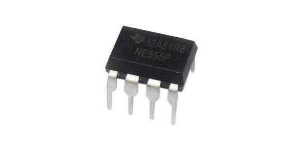 Circuit integrat NE555P [0]