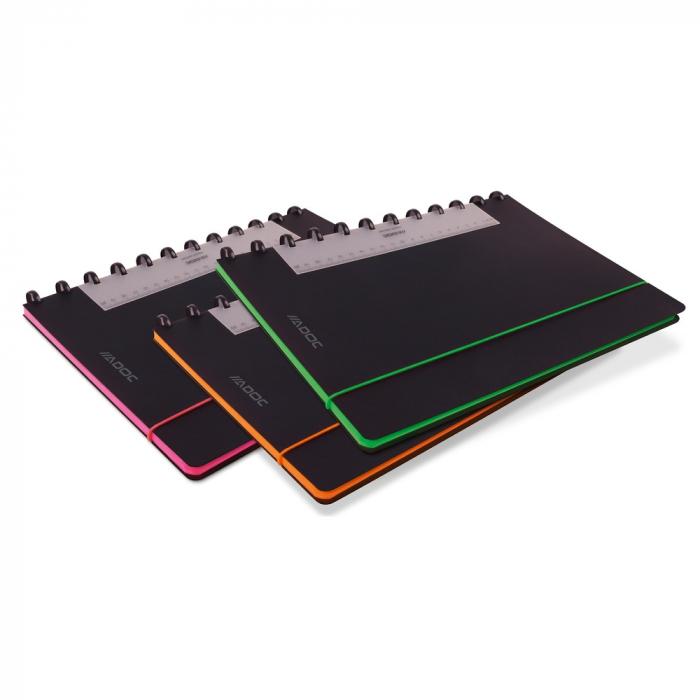 Caiet A4, 72 file - 90g/mp, coperta PP neagra, cu elastic, margine color, AURORA Adoc Edge-matematic 0