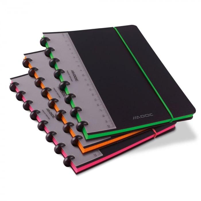 Caiet A5+, 72 file - 90g/mp, coperta PP neagra, cu elastic, margine color, AURORA Adoc Edge-matemati 0