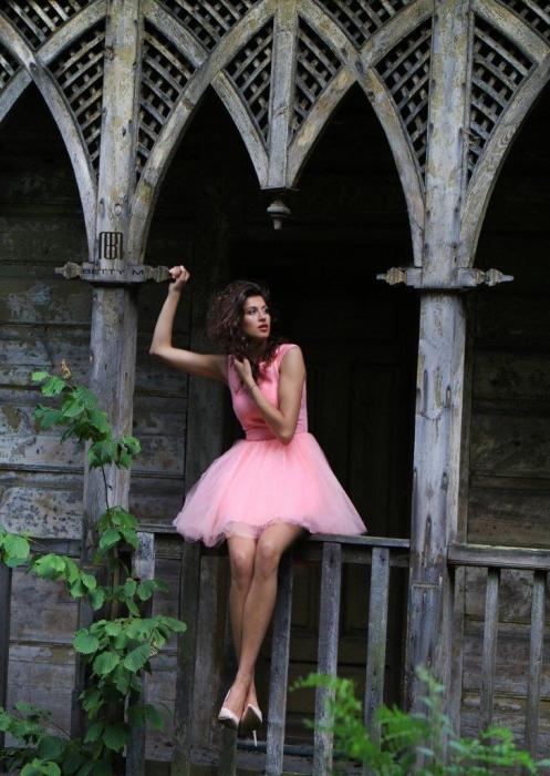 Rochie Betty M Ballerina roz pudrat scurta de cocktail baby doll 5