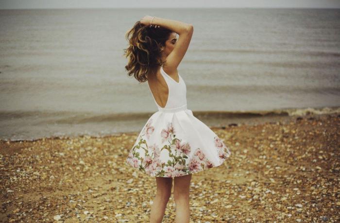 Rochie Betty M Happy Day alba cu flori scurta de vara baby doll 3