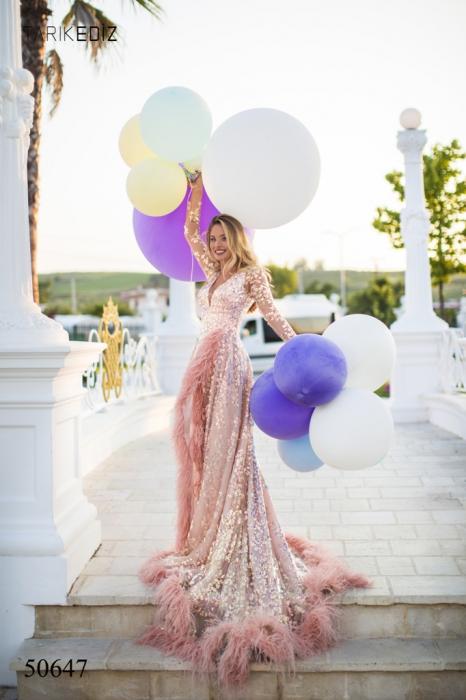 Rochie Tarik Ediz 50647 roz lunga de lux clos din paiete 0