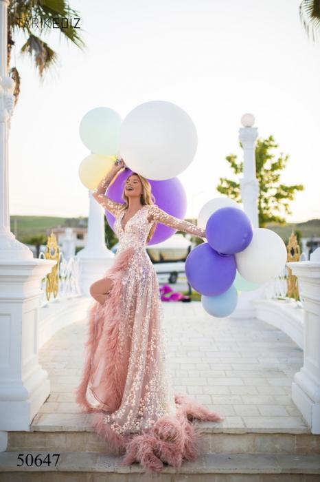 Rochie Tarik Ediz 50647 roz lunga de lux clos din paiete 1