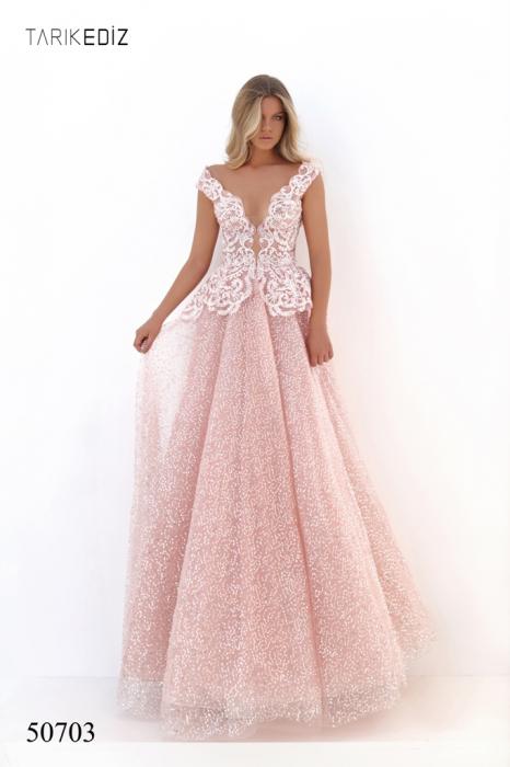 Rochie Tarik Ediz 50703 roz lunga de seara princess din tulle 0
