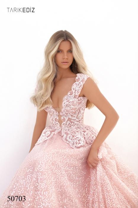 Rochie Tarik Ediz 50703 roz lunga de seara princess din tulle 2