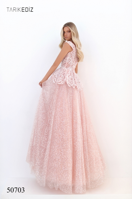 Rochie Tarik Ediz 50703 roz lunga de seara princess din tulle 3