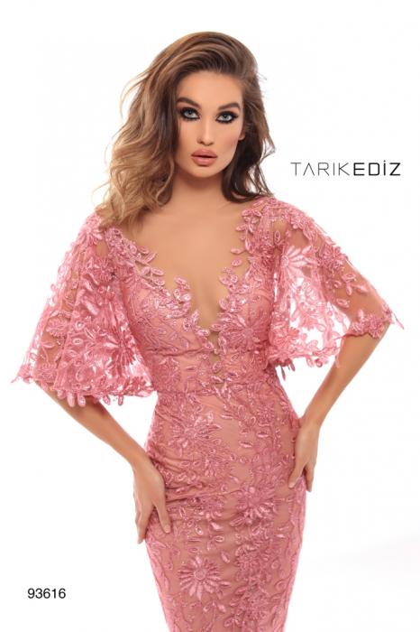 Rochie Tarik Ediz 93616 roz lunga de seara tip sirena din dantela 1