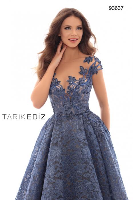 Rochie Tarik Ediz 93637 albastra lunga de seara tip princess din dantela 1