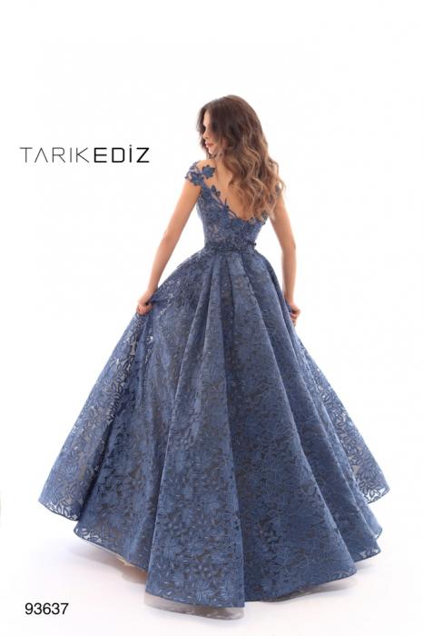 Rochie Tarik Ediz 93637 albastra lunga de seara tip princess din dantela 2