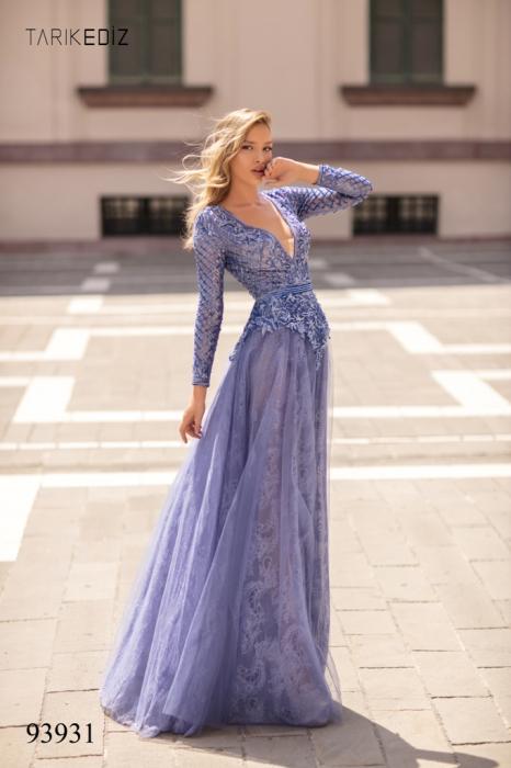 Rochie Tarik Ediz 93931 albastra lunga de seara clos din dantela 5