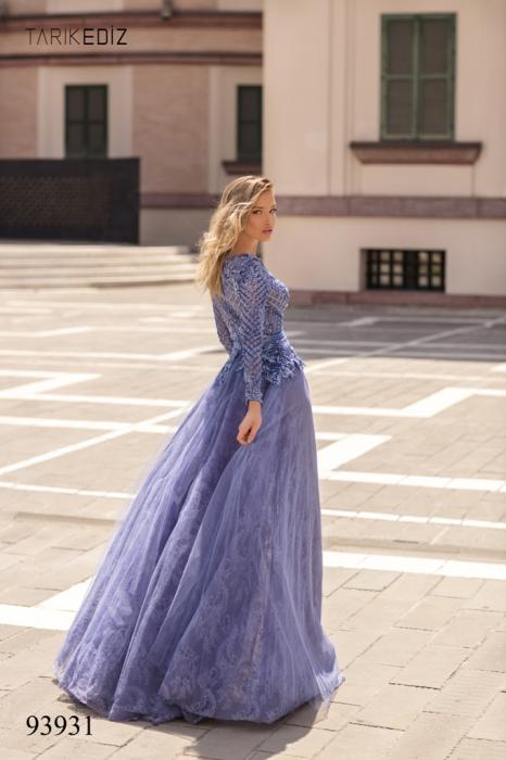 Rochie Tarik Ediz 93931 albastra lunga de seara clos din dantela 7