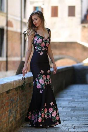 Rochie Betty M Venice neagra cu flori lunga de seara tip sirena0