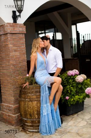 Rochie Tarik Ediz 50773 bleu scurta in fata de seara clos din dantela0