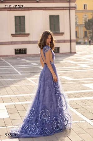 Rochie Tarik Ediz 93946 albastra lunga de seara princess din dantela4