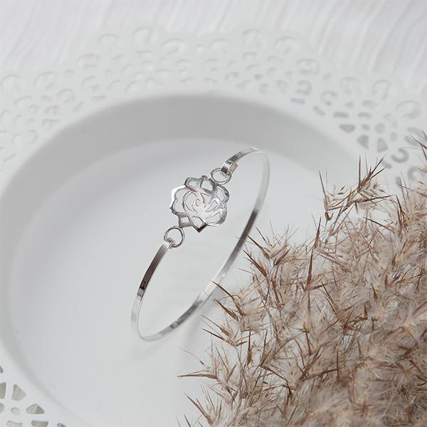 Brățară fixă din argint cu talisman [3]
