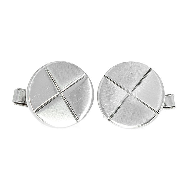 Butoni din argint rotunzi cu aspect mat [1]