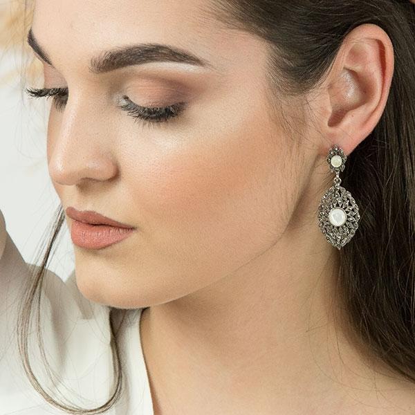 Cercei eleganți din argint antichizat, lungi cu cristale de marcasită și sidef [1]