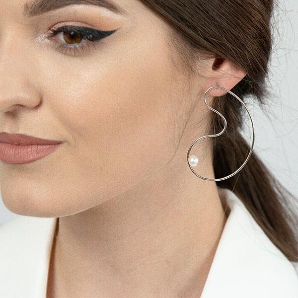 Cercei deosebiți din argint stil minimalist cu perlă [0]