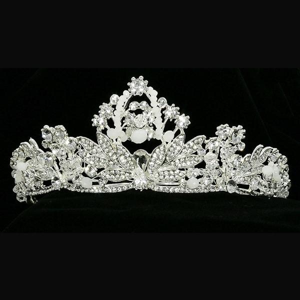 Diademă deosebită argintie cu cristale strălucitoare și pietre albe mate [1]