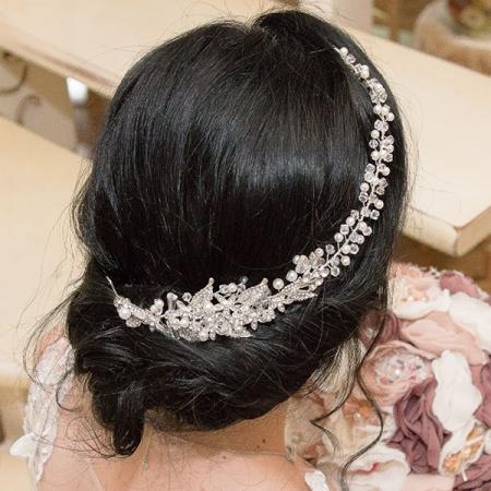 Accesoriu modelator pentru păr cu motive florale, cristale, perle și ștrasuri [1]