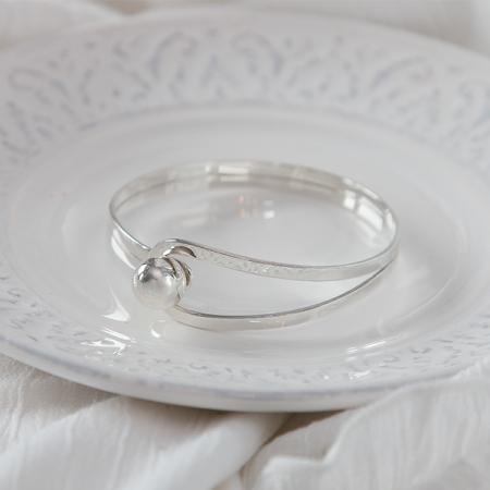 Bratara argint circulara cu bila si bucla [2]