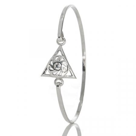Bratara argint moderna cu triunghi si motiv floral [0]