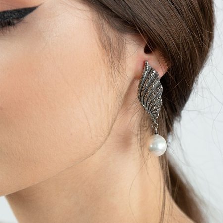 cercei-argint-antichizat-aripi-marcasite-perle-janette [1]