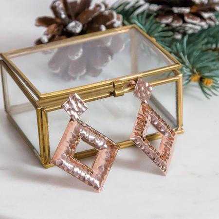 cercei-argint-placat-cu-aur-rose-model-geometric-texturat-janette [4]