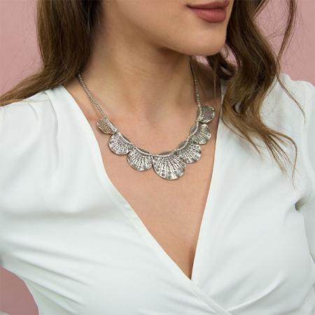 colier-argint-antichizat-motive-florale-janette [1]