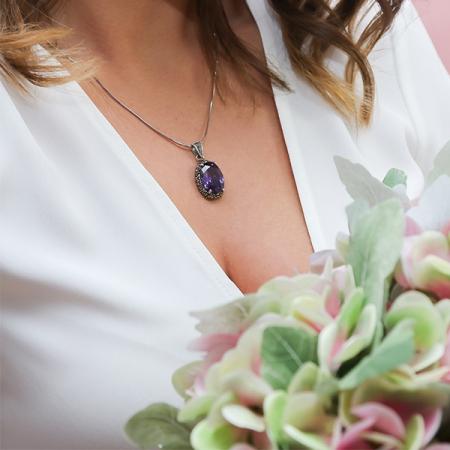 Pandantiv oval din argint cu piatră de zirconiu violet și cristale de marcasită [1]