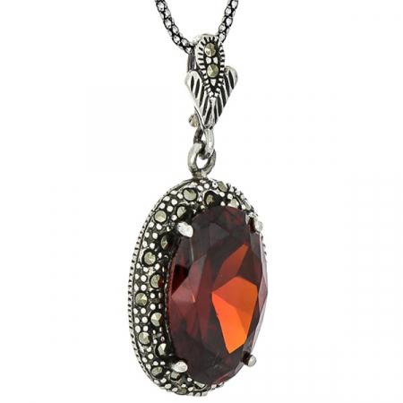 Pandantiv oval din argint cu zirconiu roșu și cristale de marcasită [2]