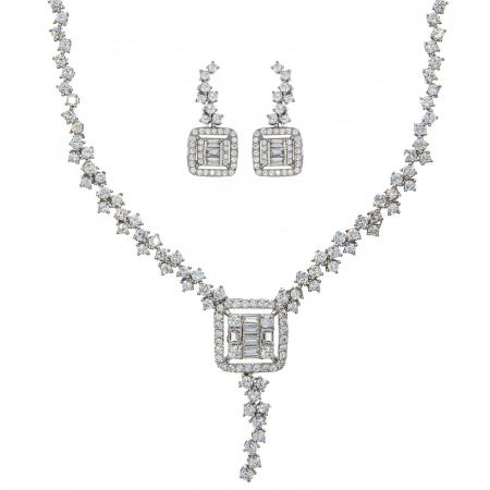 Set elegant din argint cu cercei si colier decorat cu zirconii [0]