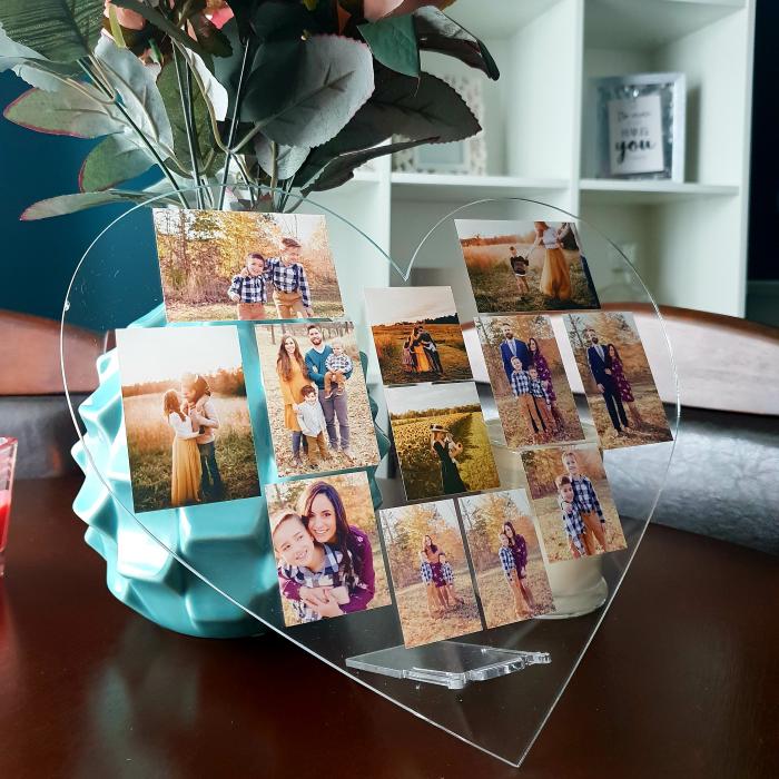 Plachetă personalizată inimă cu 12 poze (30x28 cm) [0]