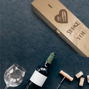 Cutie de vin personalizata- I love you