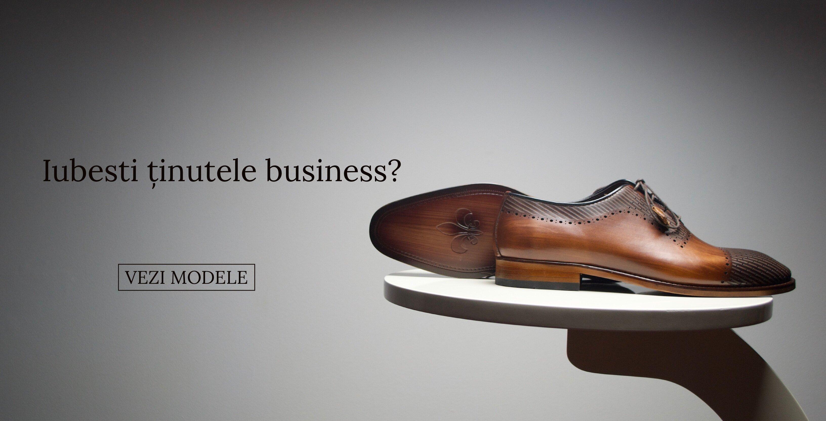 Pantofi din piele naturală lucrați manual