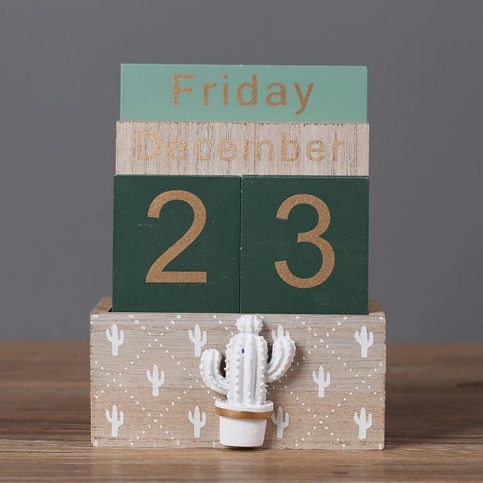 Calendar din Lemn, 11 x 6 x 14 cm, Cactus 2
