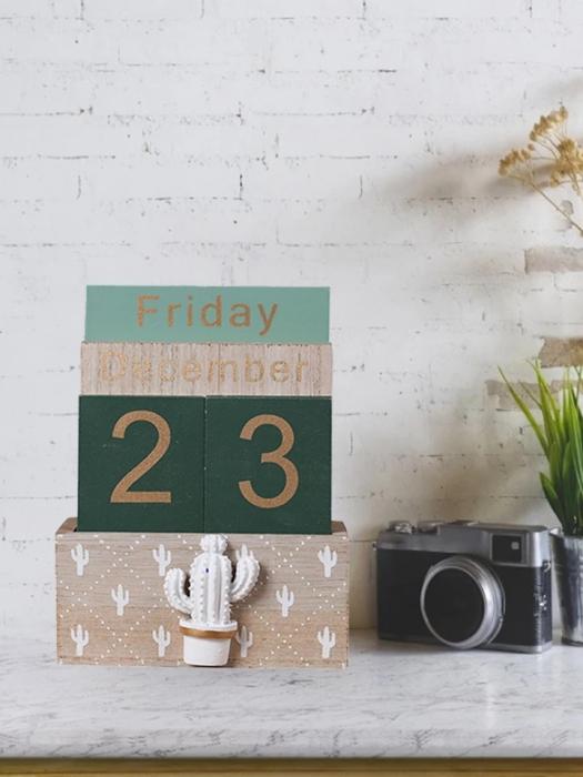 Calendar din Lemn, 11 x 6 x 14 cm, Cactus 1