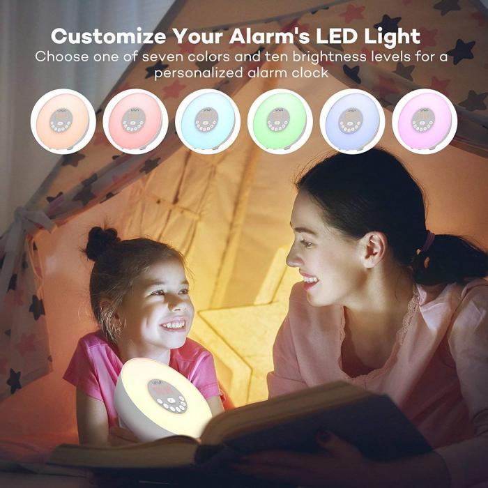 Lampa de Veghe 7 culori LED, cu Radio FM si Ceas cu alarma, Meniu Touch 5