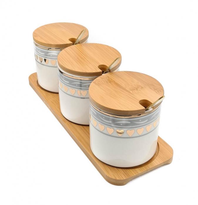 Set pentru Condimente 3 recipiente  ceramice cu lingurite si tava din Bambus 0