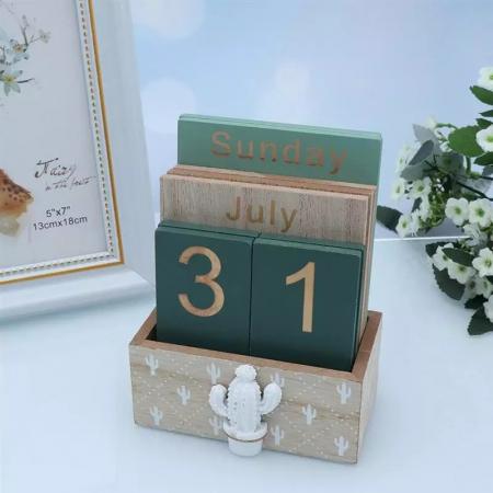 Calendar din Lemn, 11 x 6 x 14 cm, Cactus0
