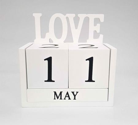 Calendar LOVE din Lemn, 14 x 7x 14 cm, Alb1